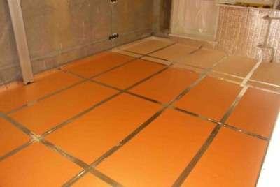 Уложенные на пол плиты Пеноплекса