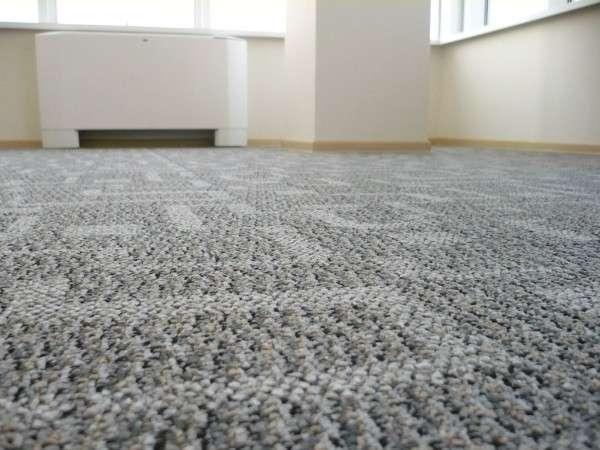 Теплый пол под ковролином